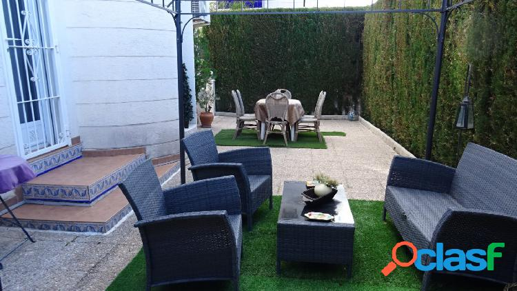 Chalet independiente con 5 dormitorios en La Nucia. 3