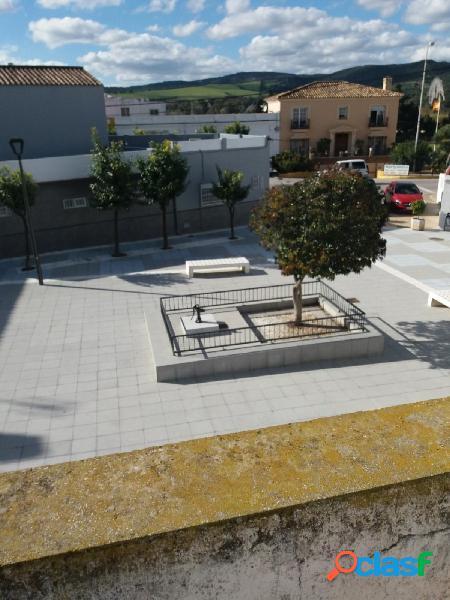 Casa de pueblo que requiere renovación para la venta en San Enrique 1