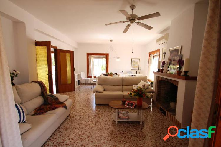 Villa en El Portet de Moraira con vistas al mar y andande de pie a la playa 3