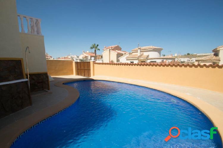 Chalet independiente reformado con piscina en Ciudad Quesada, Rojales. 3