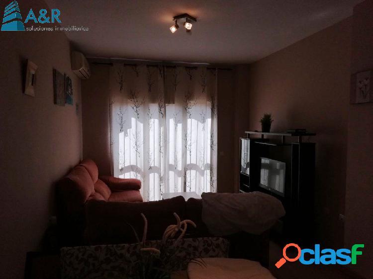 Piso bajo tres dormitorios zona nuevo INEM 3