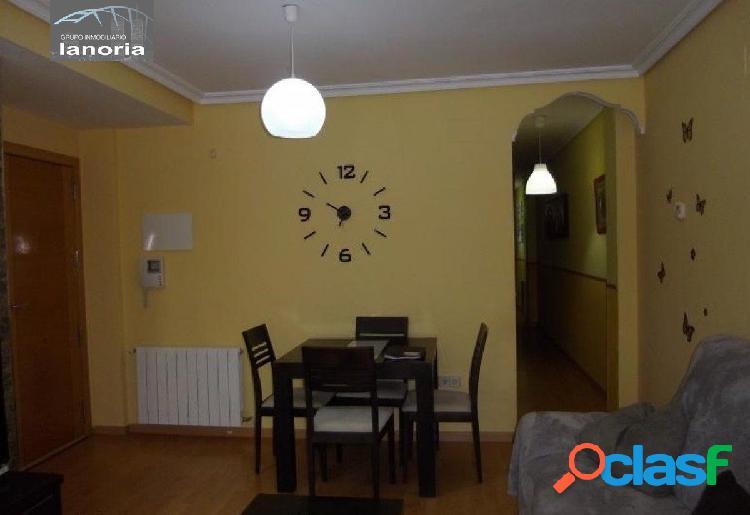 la noria vende piso de 3 dormitorios 2 baños, con la cocina equipada y baños completos. 1