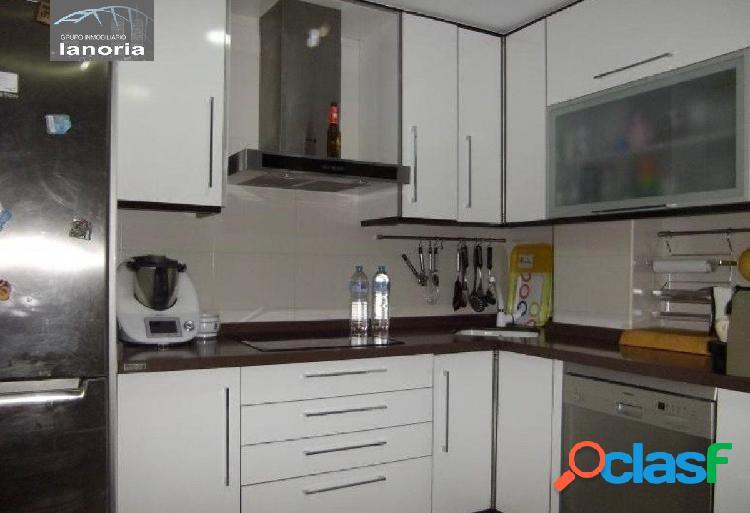 la noria vende piso de 3 dormitorios 2 baños, con la cocina equipada y baños completos. 2
