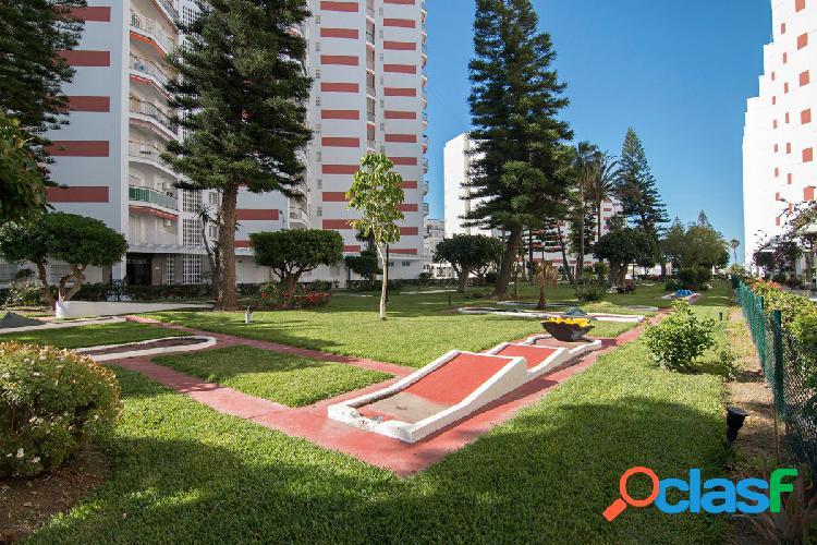 Piso en una de las mejores zonas de Salobreña, Urb. Salomar 2000, 3 dormitorios, baños, amueblado. 2