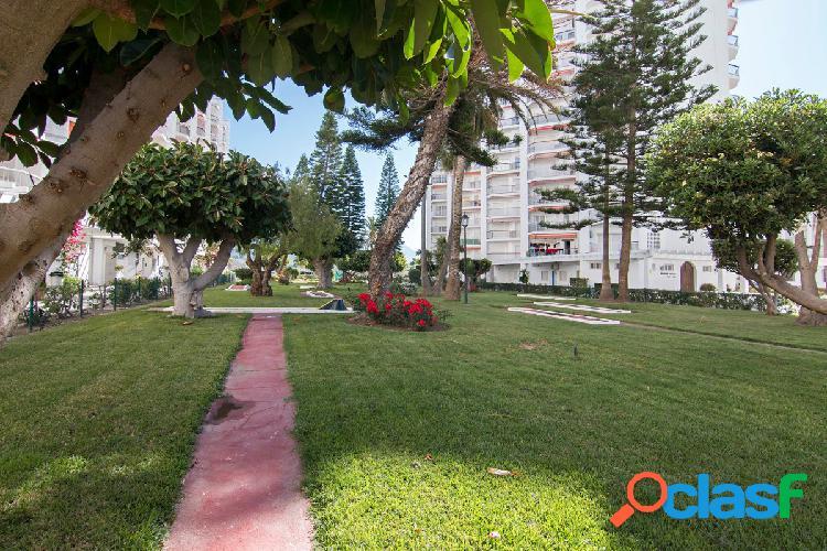 Piso en una de las mejores zonas de Salobreña, Urb. Salomar 2000, 3 dormitorios, baños, amueblado. 3