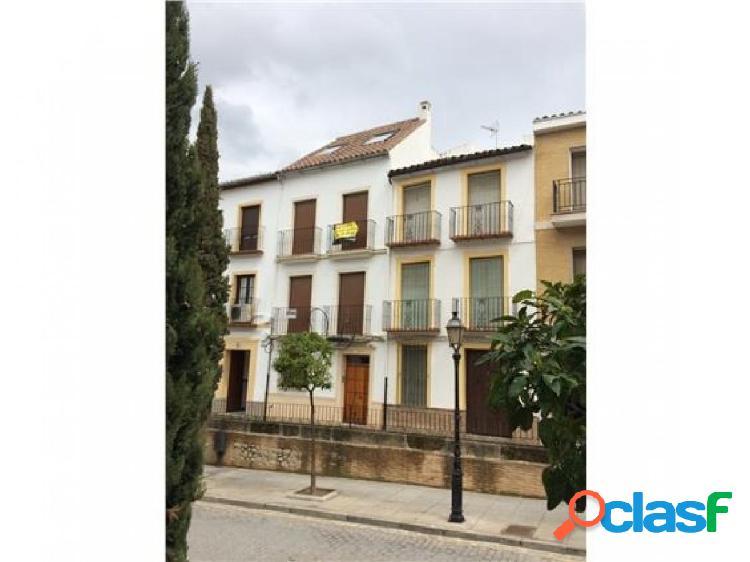 ¡Estupendo piso situado en la zona centro de Antequera! 0