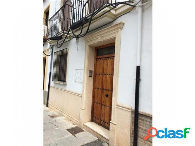 ¡Estupendo piso situado en la zona centro de Antequera! 1