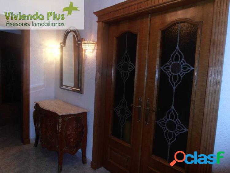 Alquiler y Venta Piso con muebles y Ascensor en Zona Centro de Elche 1
