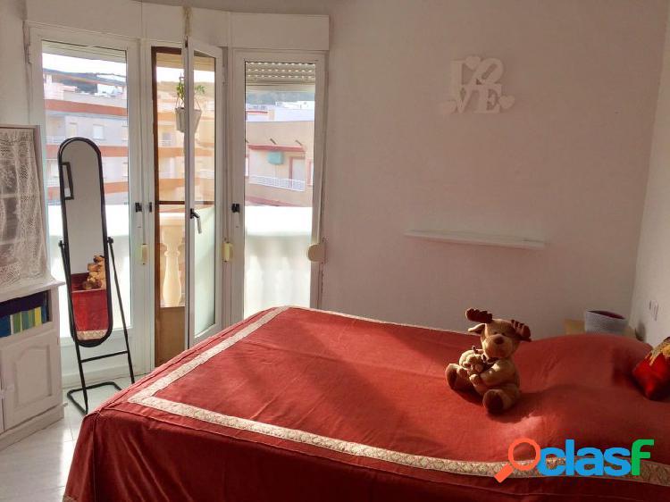 Ático dúplex, seminuevo de 3 dormitorios con enorme solárium. 1