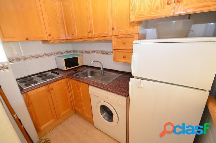 Apartamento en Torrevieja 3 dormitorios, 2 baños. 3