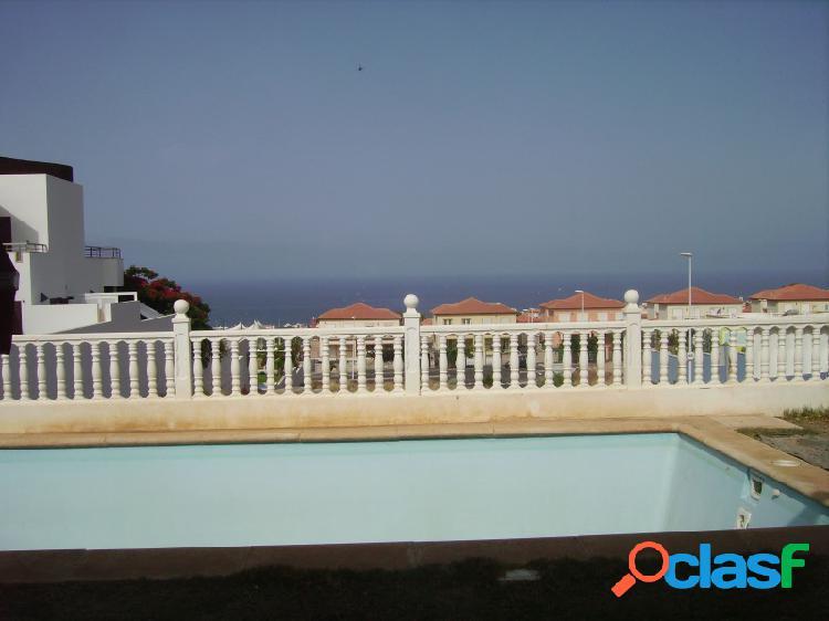 Chalet con piscina privada en El Madroñal 2