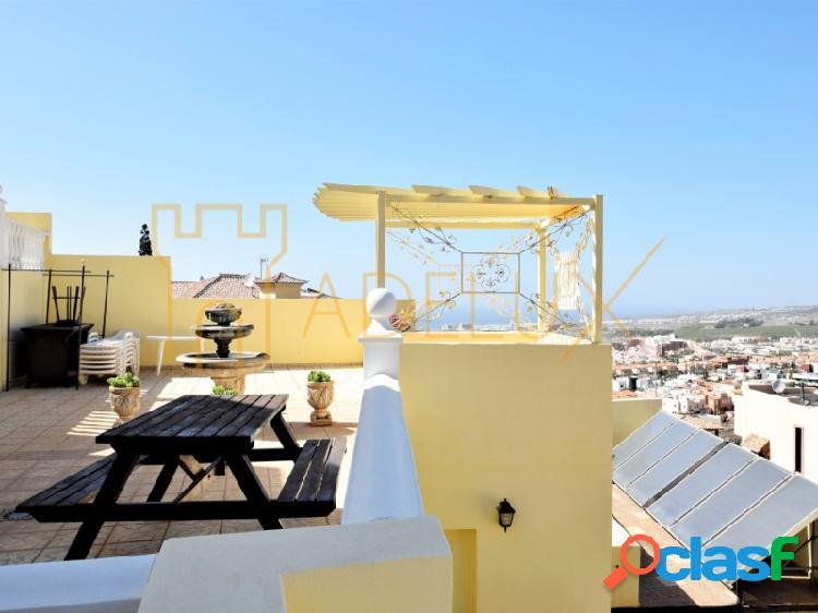 Chalet independiente con preciosas vistas a mar y montaña en venta en Torviscas Alto, Costa Adeje 3