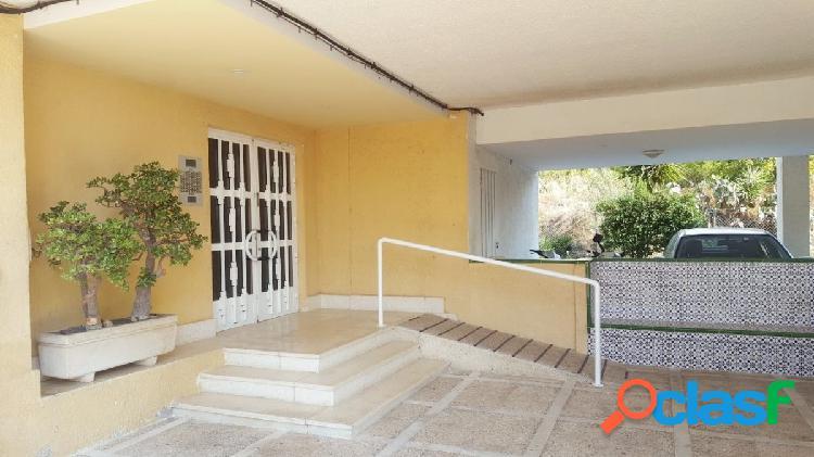 Apartamento 60 m2, 1º con ascensor, 1 dormitorio, 1 baño,salón, cocina reformada, 3