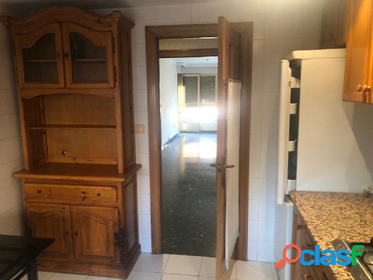 Piso VENTA en Castellon zona Av. de Chatellerault, 136 m., 4 habitaciones, 2 baños 3