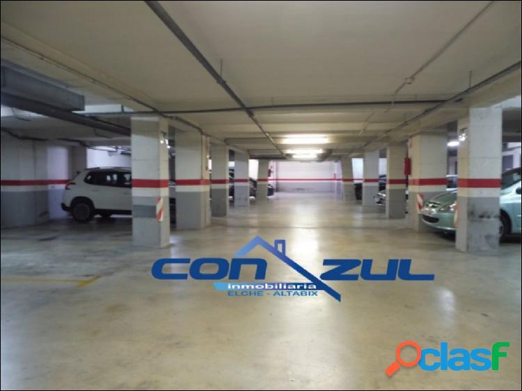 Se vende parking y trastero en zona Universidad-Ciudad Deportiva de Elche 2