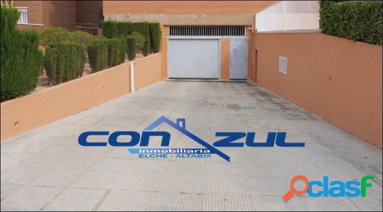 Se vende parking y trastero en zona Universidad-Ciudad Deportiva de Elche 3