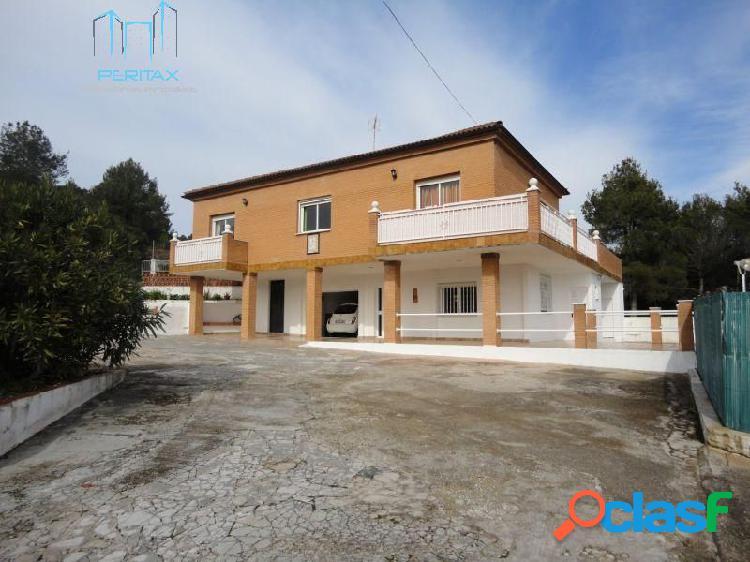 Preciosa Torre con parcela de 1.400 m2 / zona de piscina y barbacoa, Sant Llorenç Savall 1