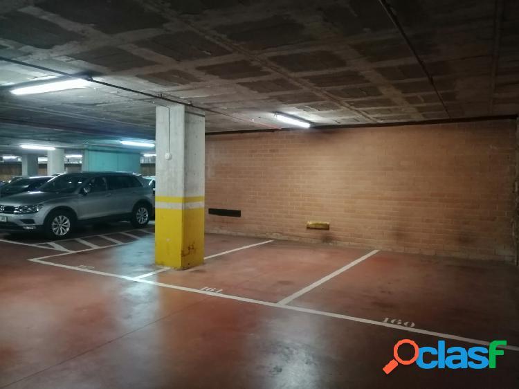 Parking en Calle SARDENYA 480 2