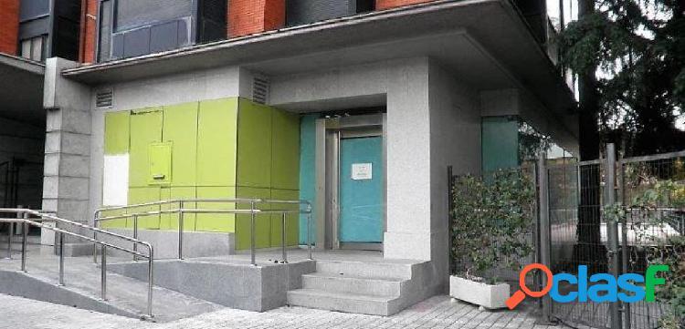 SE VENDE LOCAL COMERCIAL EN DISTRITO DE CIUDAD LINEAL, MADRID. 1