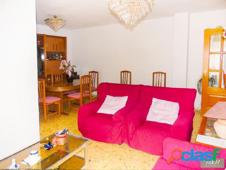 Magnífico piso en Zona Concordia. / HH Asesores, Inmobiliaria en Burjassot/. 1