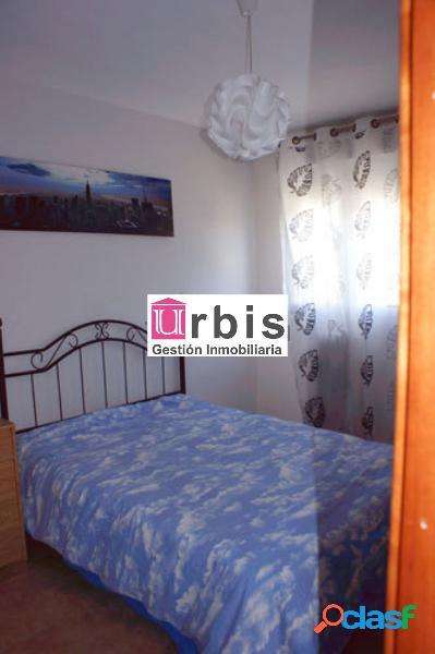 Urbis te ofrece un piso en venta o alquiler en Santa Marta. 3