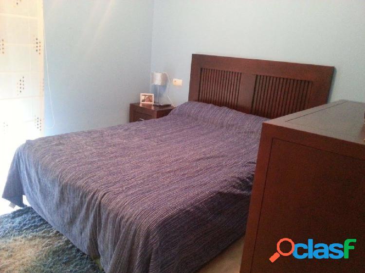 Primera linea de playa con espectaculares vistas, apartamento de 2 dormitorios en Estepona. 2