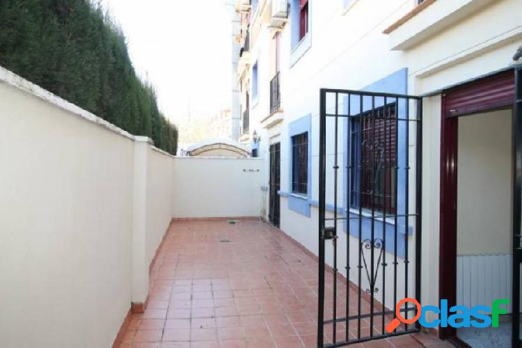 Piso 3 dormitorios en La Zubia con garaje 2