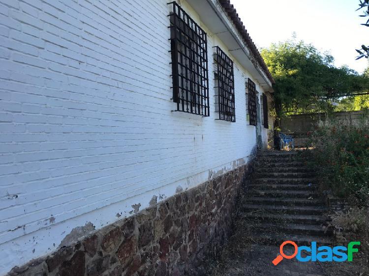 CHALET EN ZONA DE SANSUEÑA PARA REFORMAR 2