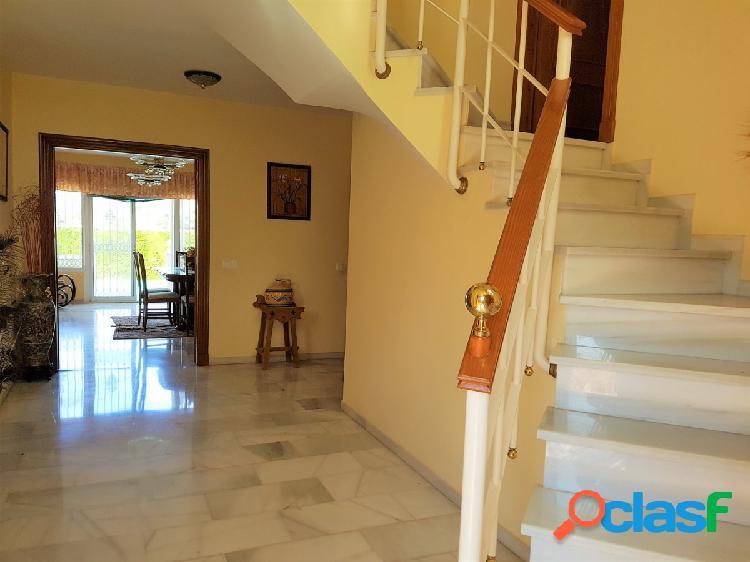 Bonito Chalet independiente en parcela de 585 m2. aproximadamente. 1
