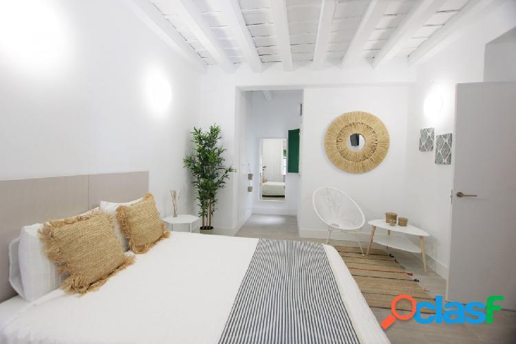Magnífico piso en venta cercano a la Encarnación 1