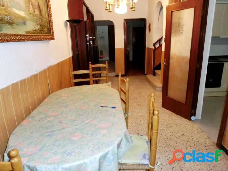 casa de pueblo de 240 m2 con 4 dormitorios, gran terraza de 180 m2 3