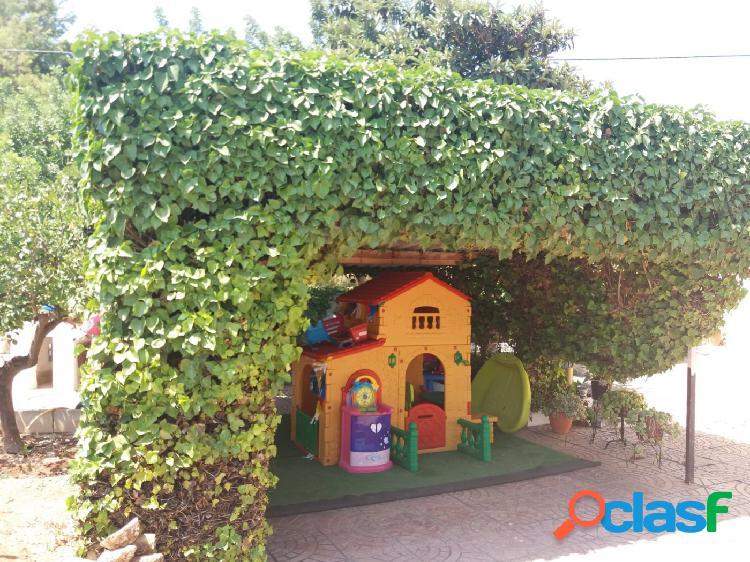 Chalet independiente con encanto en la urbanización Els Rincons (P 2