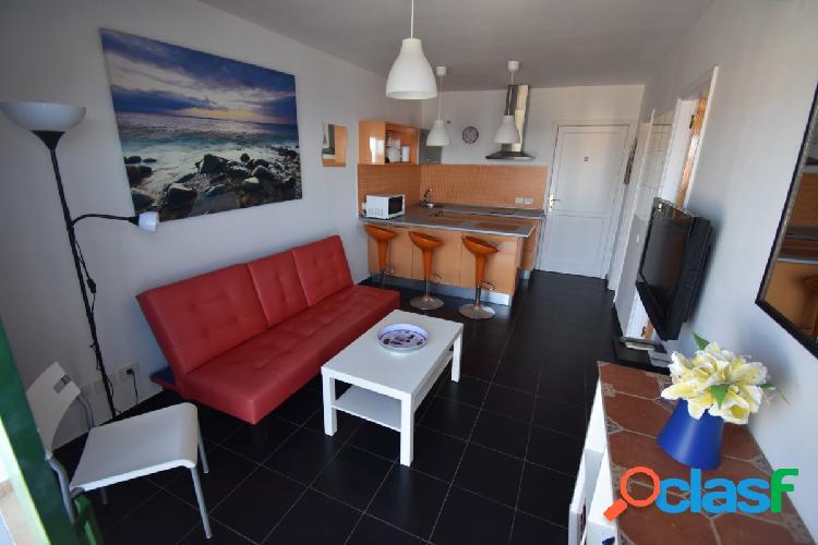 Apartamento con impresionantes vistas al mar se alquila por días en Amadores 1