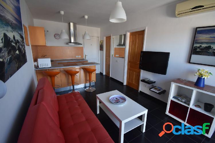 Apartamento con impresionantes vistas al mar se alquila por días en Amadores 2