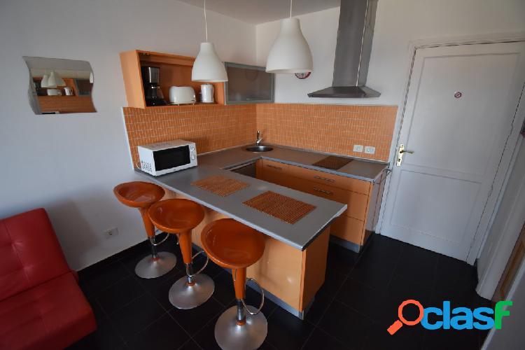 Apartamento con impresionantes vistas al mar se alquila por días en Amadores 3