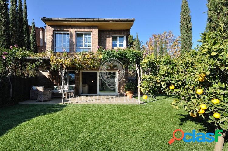 Casa en venta en Alella: Fantástica combinación: calidad y exquisitez! 2
