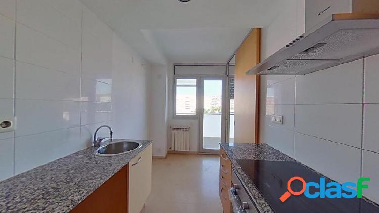 Fantástico piso en alquiler en Bon Pastor ¡SIN COMISIÓN DE AGENCIA! 3