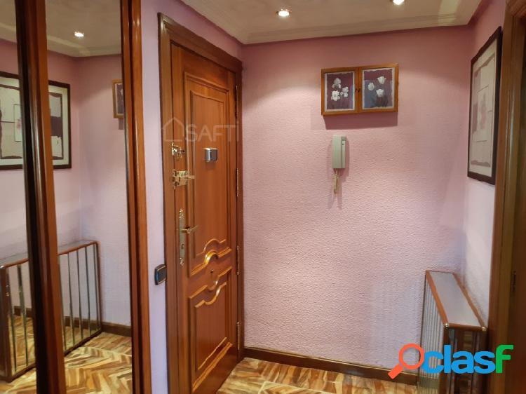 Excelente piso de dos habitaciones, 2 baños, con garaje y trastero en la mejor zona de Parquesol - Valladolid 2