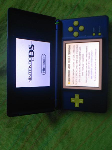 Nintendo DS lite 0
