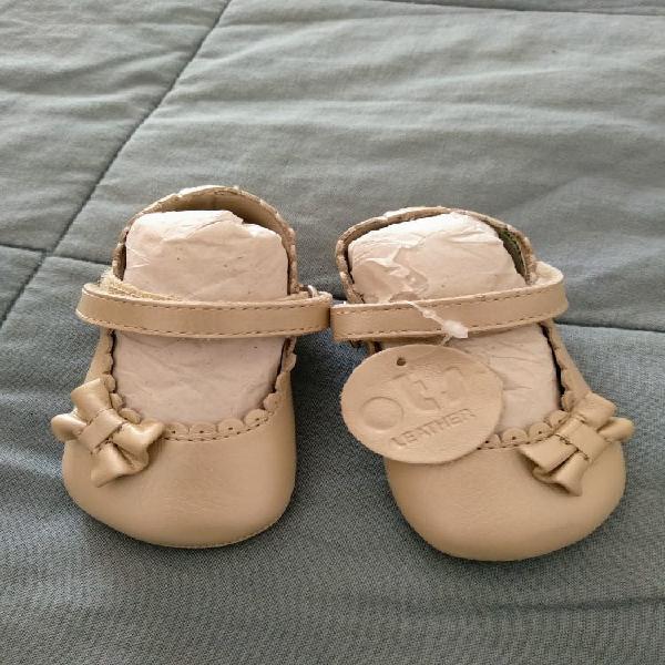 Zapatos de cuero de bebé talla 18 0