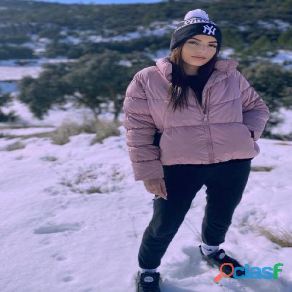 Paula alta embaraza de paso 0