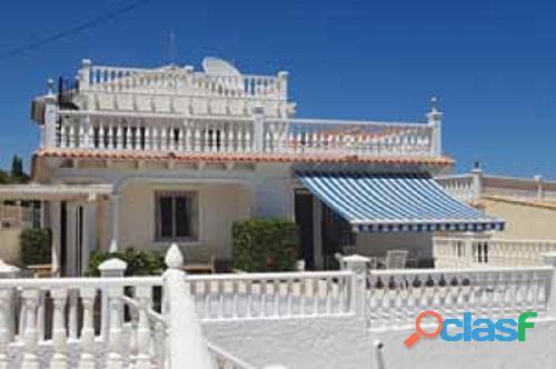 Villa 1ºlínea playa flamenca 4 dormitorios