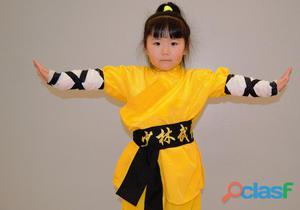 Niñas y niños arte marcial defensa personal.