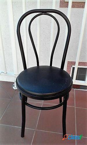 4 sillas metálicas