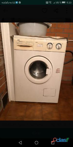 Lavadora zanussi con porte incluido