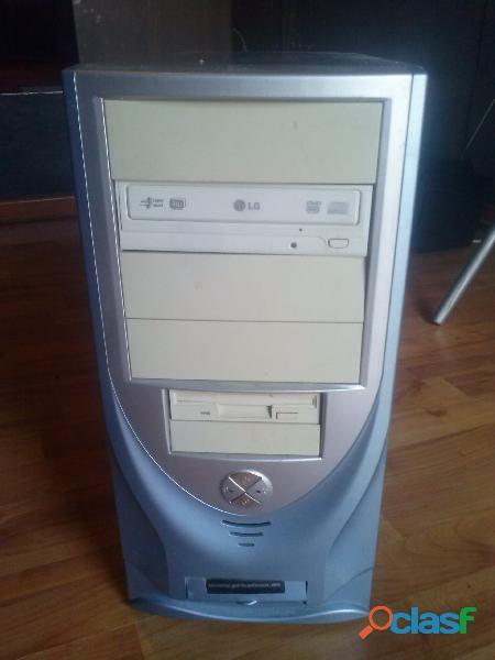 Vendo ordenador completo con xp profesional instalado (sp3).