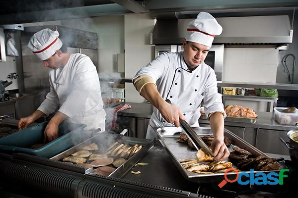 Se necesita cocinero peruano profesional