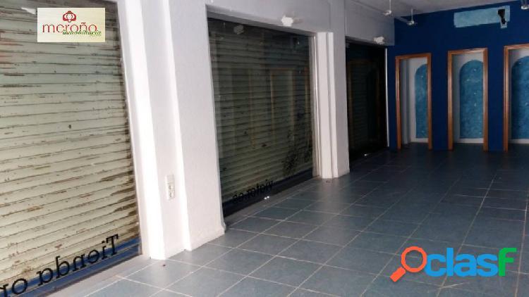 Local esquina adecuado como tienda