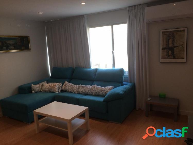 Coqueto y ampilo piso en pleno centro de marbella !!!