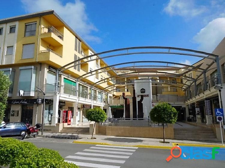 2 locales comerciales en ondara de 60 y 120 m2 en centro comercial el prado